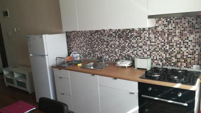 Vanzare apartament 3 camere 60 mp Parcare Zona Romul Ladea!