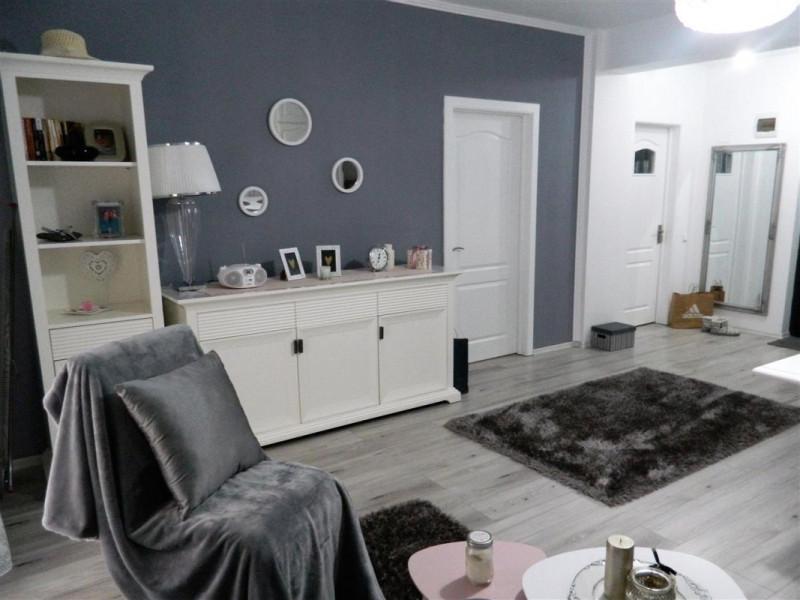 Vanzare Apartament 2 camere 52 mp Etaj 1 La Cheie Terasa 10 mpzona Fabricii !