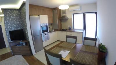 Vanzare Apartament 4 camere, 110 mp, Terasa 60 mp, Garaj, zona Mircea Eliade!