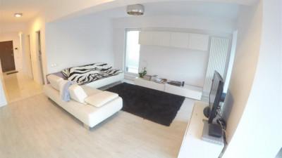Vanzare Apartament 3 camere 90 mp Terasa 95 mp Garaj zona Facultatii de Drept !