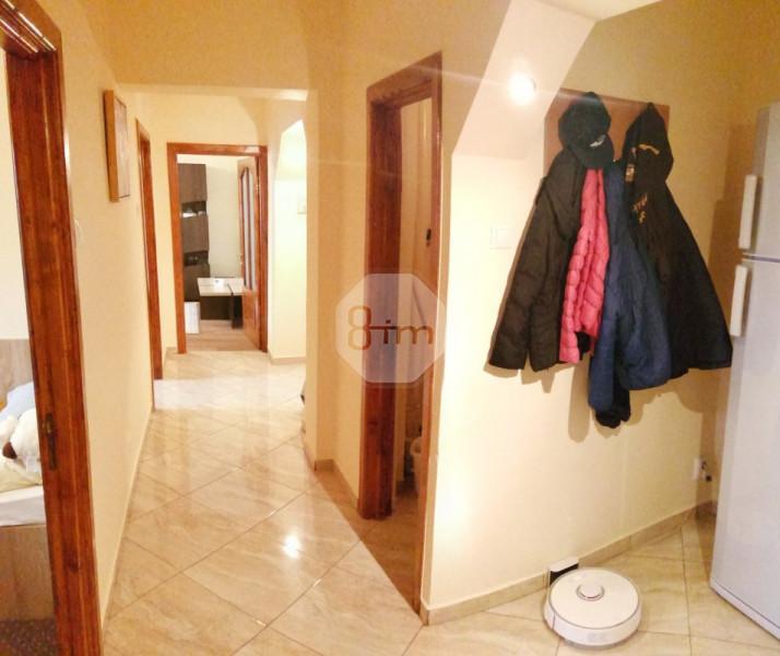 Vanzare Apartament 3 camere, Decomamdat, 64 mp, zona Big