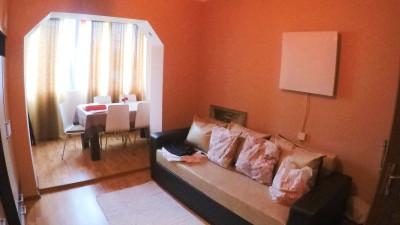 Vanzare Apartament 2 camere, Decomandat, 52 mp, Etaj Intermediar, zona Calvaria