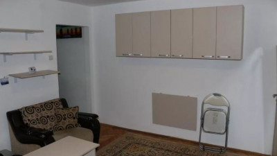 De Inchiriat Apartament 3 camere,  Zona Politiei Rutiere