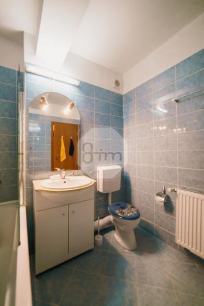 Vanzare Apartament 3 camere, Decomandat, 80 mp, zona Benzinariei Mol C. Turzii