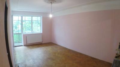 Vanzare Apartament 3 camere, Decomandat. 65 mp, zona Baza Sportiva Gheorgheni