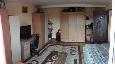Vanzare Apartament 2 camere, Decomandat, 54 mp, zona Dragos Voda