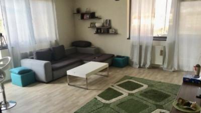 Vanzare Apartament 3 camere, Decomandat, 81 mp, zona