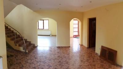 Vanzare Casa Individuala, 7 camere, 220 mp, teren 2240 mp, zona Viisoara