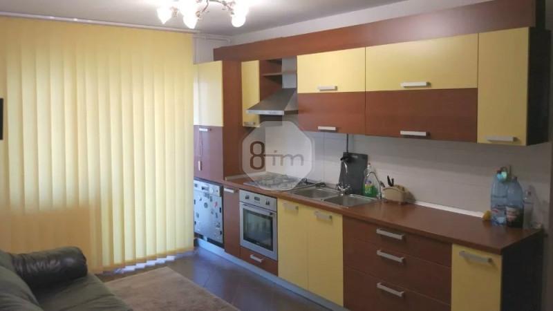Vanzare Apartament 3 Camere, Decomandat, 58 mp, Parcare, Zona Strazii Eroilor!