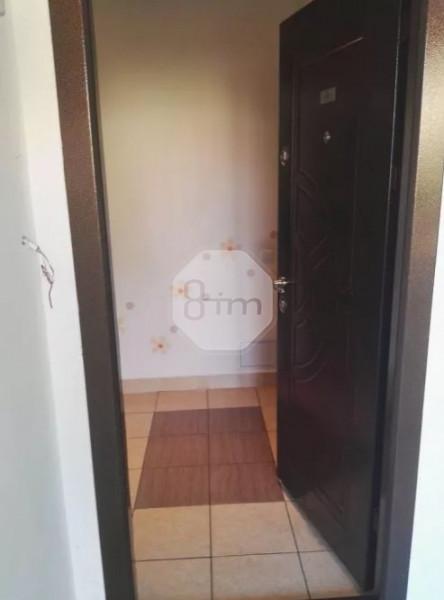 Vanzare Apartament 3 Camere, Decomandat, 67 mp, Parcare, Zona Strazii Eroilor!