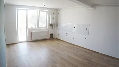 Vanzare Apartament 3 Camere, Decomandat, 62 mp, Parcare, Zona Strazii Eroilor!