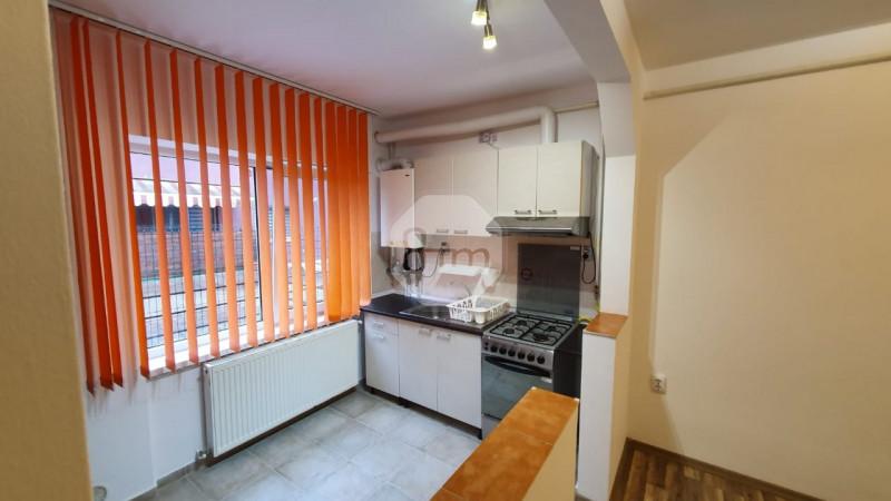 Vanzare Apartament, 2 Camere, 44 mp, Zona Strazii Lunii!