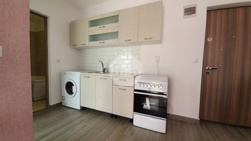 De Inchiriat Apartament 2 camere,  40 mp, Parcare, zona Mihai Romanul!