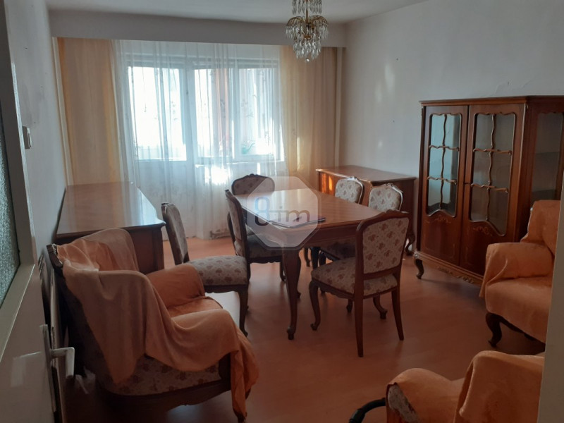 Vanzare Apartament 3 Camere, Decomandat, 63 mp, Zona Str. Vidraru!
