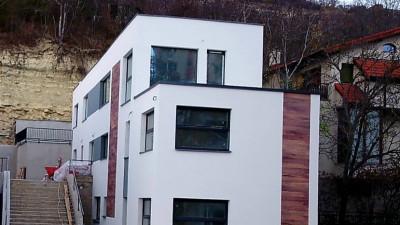 Casă | 4 camere | 110 mp utili | 160 mp terase | în zona Casa Radio !