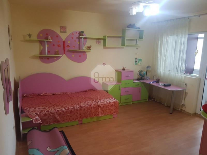 Vanzare Apartament 4 Camere, Decomandat, 98 mp, Zona Independentei!