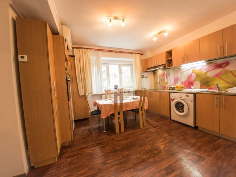 Apartament 3 Camere, Decomandat, 67 mp, Zona Dorobantilor Marasti