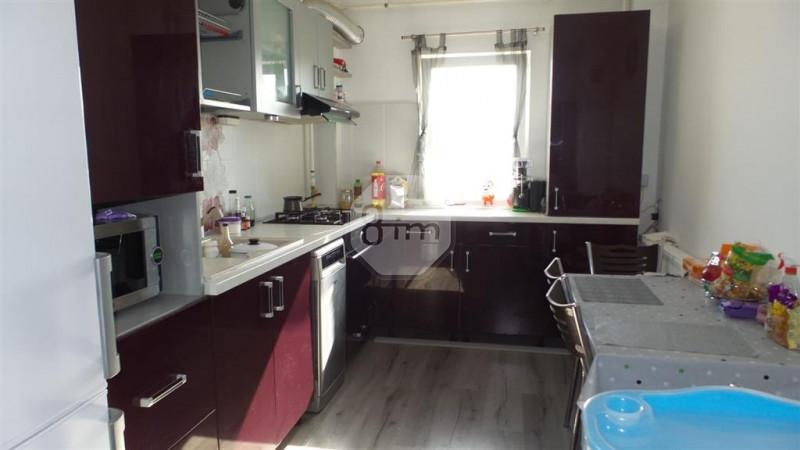 3 camere 71 mp decomandat balcon 2 bai AC garaj zona Calea Manastur