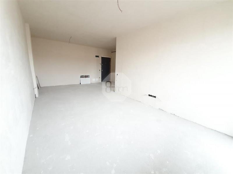 2 camere 55 mp semifinisat balcon zona str C. Coposu