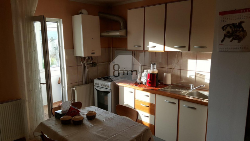 Vanzare Apartament 2 Camere, Decomandat, 52 mp, Zona Decebal!