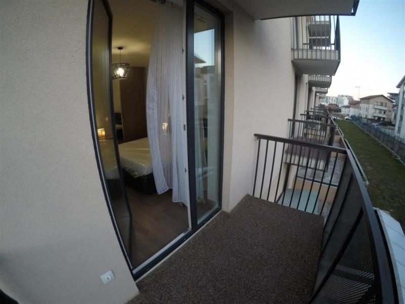 Vanzare Apartament 2 camere 54 mp Ultrafinisat Garaj zona Andrei Muresanu Sud !