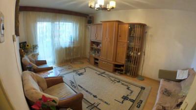 Vanzare Apartament 4 Camere, Decomandat, 78 mp, Zona Str. Aurel Vlaicu!