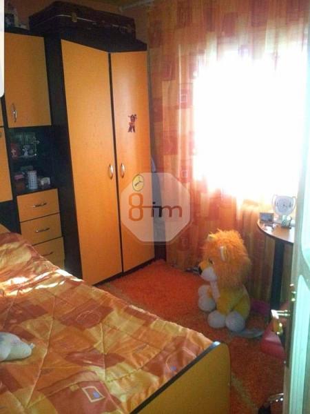 Vanzare Apartament 4 Camere, Decomandat, 95 mp, Parcare, Zona Independentei!