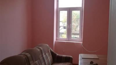 Vanzare apartament in vila 3 camere 53 mp Parcare Gradina Zona Horea !