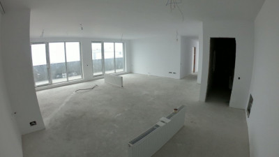 Vanzare Apartament 4 Camere, Decomandat, 116 mp, Zona Piata 1 Mai!