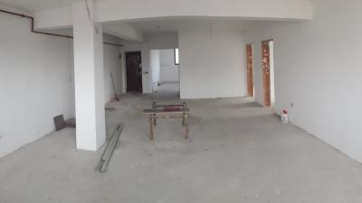 Vanzare Apartament 4 Camere, Decomandat, 120 mp, Zona Decebal!