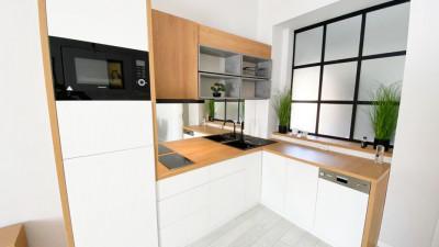 Vanzare Apartament 2 Camere, Semidecomandat, 49 mp, Zona Opera Romana