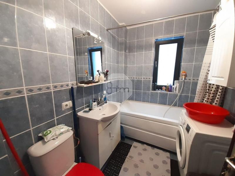 Vanzare Apartament, Semidecomandat, 2 Camere, 40mp, Zona Pod Ira !