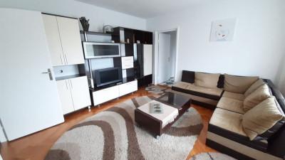 Vanzare Apartament, Semidecomandat, 2 Camere, 68 mp. Zona Mercur !