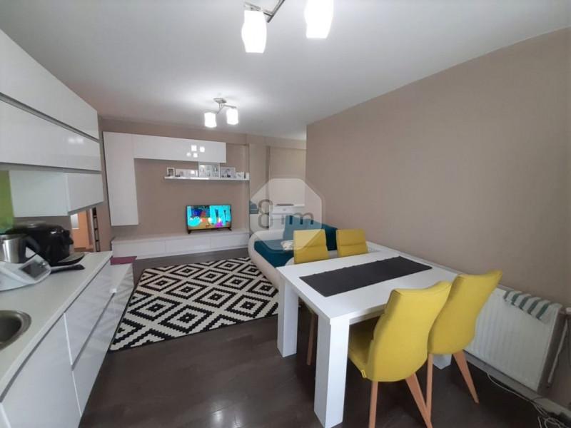 Vanzare Apartament, Decomandat, 2 Dormitoare, 58.5 mp, Zona Expo Transilvania !