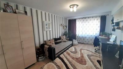 Vanzare Apartament Decomandat, 2 Camere, 49 mp, Zona Laroy Merlin !