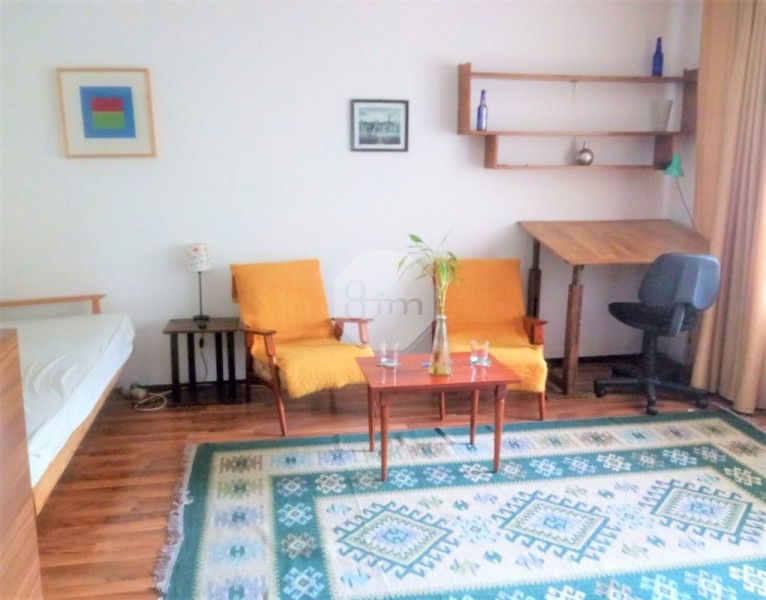 Vanzare Apartament o Camera, 42 mp, Zona The Office !