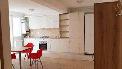Inchiriere Apartament 2 Camere, Decomandat, 56 mp, Zona Str. Galati !