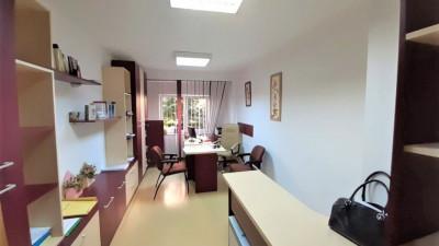 Vanzare Apartament, 2 Camere, Decomandat, 60 mp, Zona Biblioteca Judeteana !
