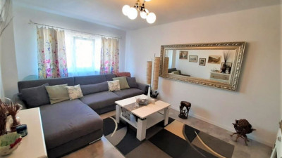Vanzare Apartament, 2 Camere, Decomandat, 51 mp, Zona Cinema Marasti !