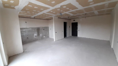 Vanzare Apartament 1 Camera, Semidecomandat, 40 mp, Zona Grand Hotel Italia !