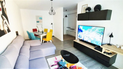 Vanzare Apartament, Decomandat, 2 Camere, 54 mp, Zona Strazii Muresului !