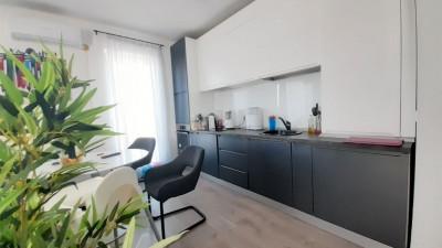 Vanzare Apartament, Semidecomandat, 2 Camere, 63 mp, Zona Eugen Ionesco !