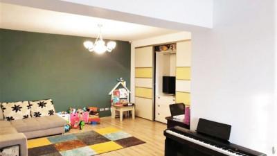 Vanzare Apartament, Decomandat, 3 Camere, 86 mp, Zona Biblioteca Judeteana !