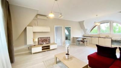 Apartament in Vila | 3 Camere | Decomandate | 80mp | Zona Andrei Muresanu !