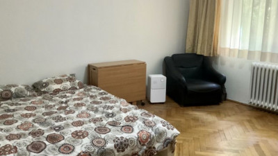Inchiriere Apartament Decomandat | 2 Camere | 70 mp | Zona Interservisan !