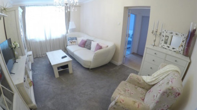 Vanzare Apartament 2 camere Decomandat 51 mp Parcare Zona Iulius Mall!