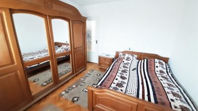 Vanzare Apartament, Decomandat, 3 Camere, 64 mp, Zona Kaufland !