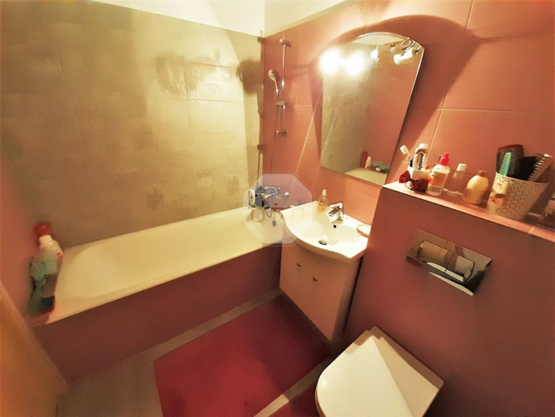 Vanzare Apartament, Decomandat, 3 Camere, 68 mp, Zona P-ta Marasti !