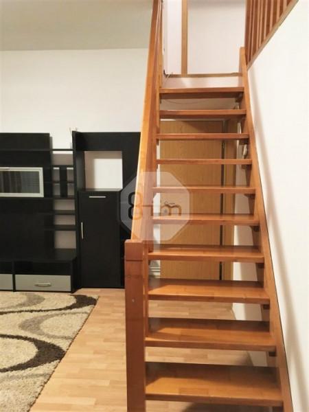 vanzare Apartament 3 Camere, Semidecomandat, 57 mp, Zona Str. Oasului !
