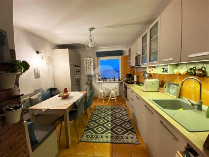 Vanzare Apartament 3 Camere, Decomandat, 65 mp, Zona Profi !